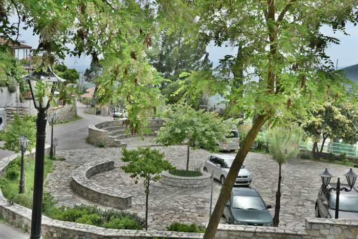 Plateria village square at Mavromati