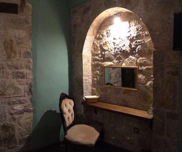 Messana Hotel room interior
