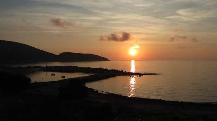 Artina Nuovo Hotel sunset view
