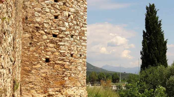 Tower on the Androusa castle wall