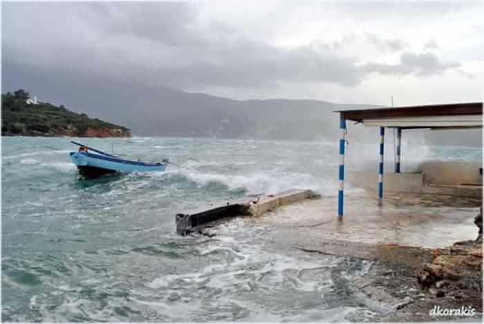 Waves at Poseidonio seafront on Samos