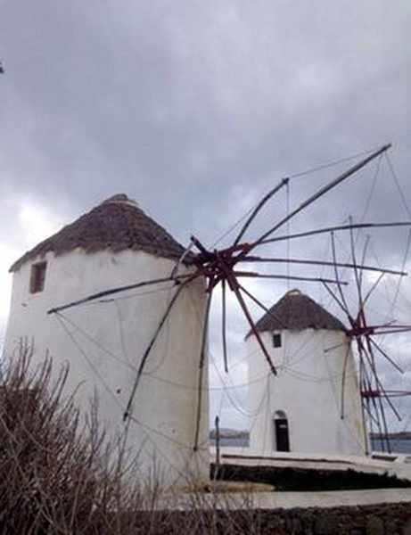 Mykonos windmill damaged by windstorm