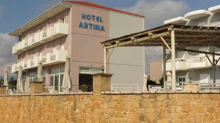 Artina Hotel in Marathopoli
