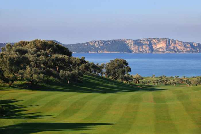 Bay Course golf course at Navarino