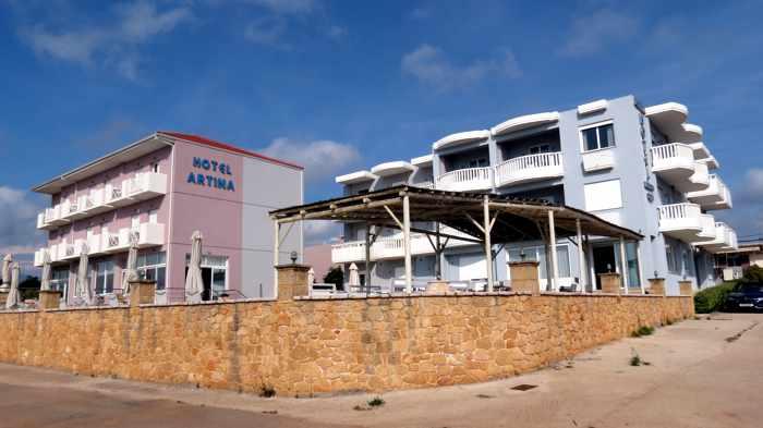 Artina hotels in Marathopoli
