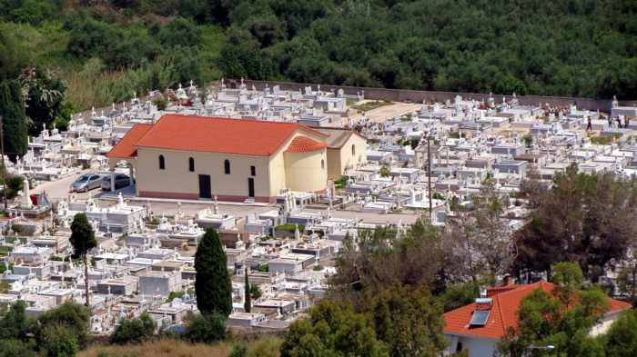 Kyparissia church and cemetery