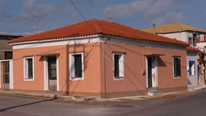 a house in Marathopoli