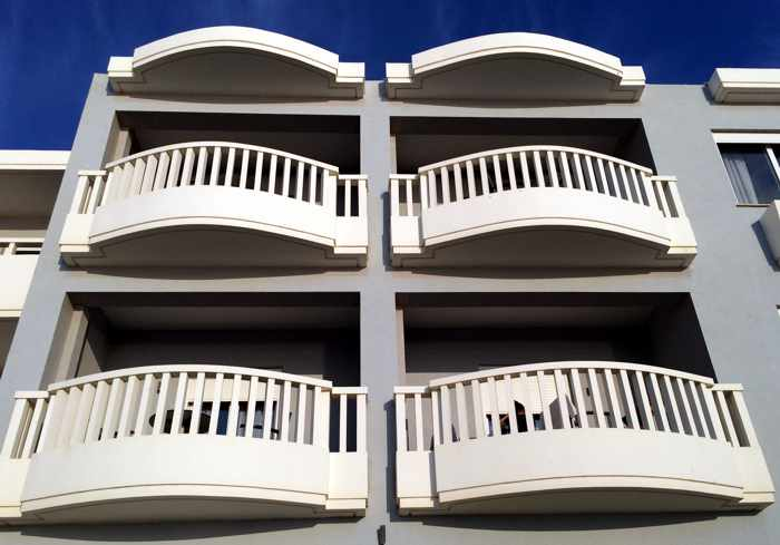 Artina Nuovo Hotel balconies