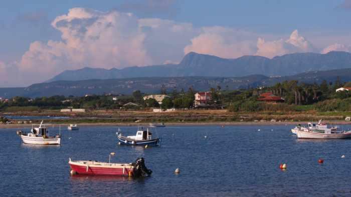 Marathopoli harbour