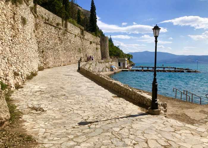 Arvanitia promenade