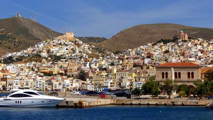 Greece, Greek Islands, Cyclades, Syros, Siros,Ermoupolis,Ermoupoli, town, buildings,