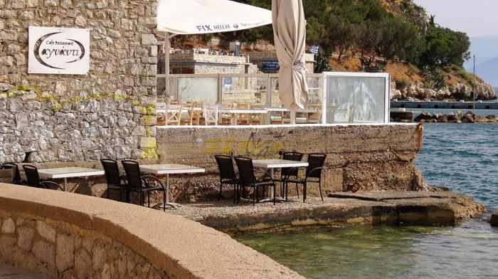 Greece, Peloponnese, Argolida, Nafplio, restaurant, Agnanti restaurant Nafplio, seaside restaurant, seaside, coast,