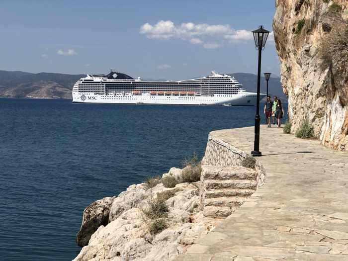 Greece, Peloponnese, Argolida, Nafplio, Arvanitia promenade, Argolic Gulf, sea, coast, ship,cruise ship,