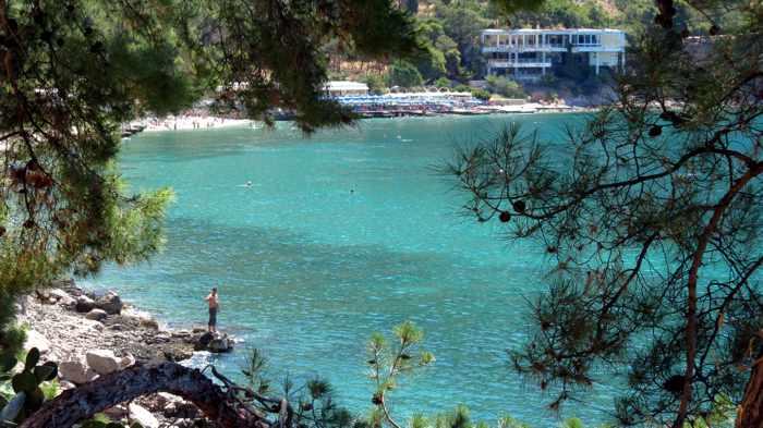 Greece, Peloponnese, Argolida, Nafplio, Arvanitia beach, beach, Arvanitia promenade, sea, water, Argolic Gulf,