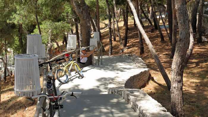 Greece, Peloponnese, Nafplio, Arvanitia, Arvanitia beach, steps