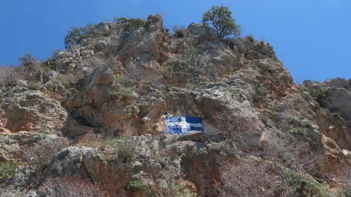 Greece, Peloponnese, Karathona, path, trail, coast, church path, Agios Nikolaos Church, Agios Nikolaos Church at Karathona, clilff, rock,
