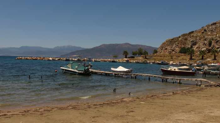 Greece, Peloponnese, Nafplio, Karathona, Karathona Bay, Karathona Beach, harbour, boats,