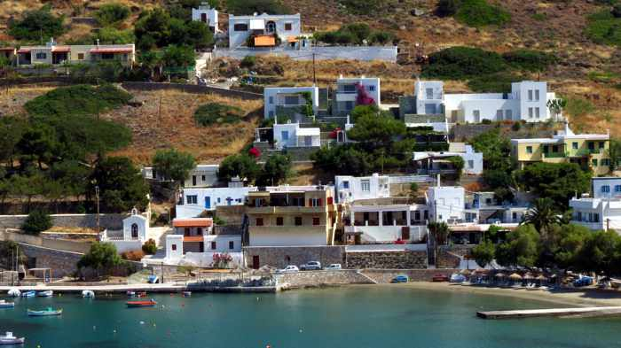Greece, Greek Islands, Cyclades, Siros, Syros, Kini Bay, Kini beach, Kini village, landscape, coast, seaside, hill, houses, buildings