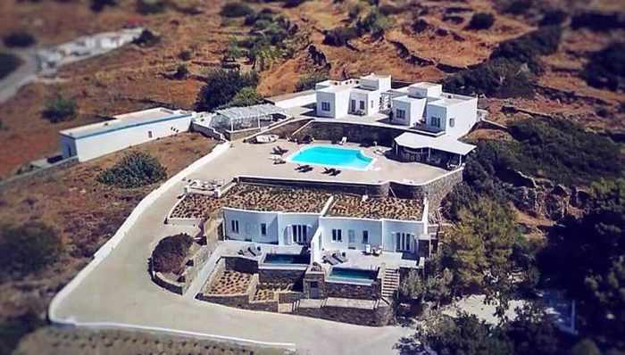 Greece, Greek islands, Cyclades, Siros, Syros, Syros island, Kini Bay, Kini, Kini Bay on Syros, accommodations, hotel, bed & breakfast, Pini di Loto Syros, Pini di Loto B&B at Kini Bay Syros