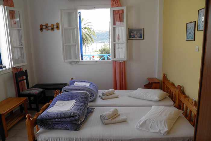 Greece, Greek islands, Cyclades, Siros, Syros, Syros island, Kini Bay, Kini, Kini Bay on Syros, accommodations, Argo Studios, Argo Studios Kini Bay Syros, room, hotel room,