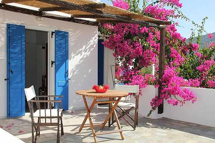 Greece, Greek islands, Cyclades, Siros, Syros, Syros island, Kini Bay, Kini, Kini Bay on Syros, accommodations, Argo Studios, Argo Studios Kini Bay Syros,