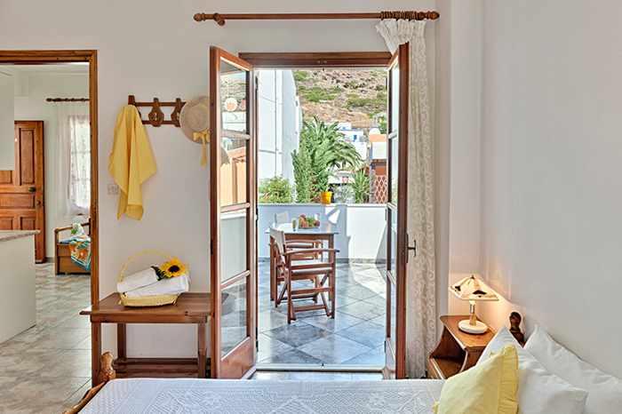Greece, Greek islands, Cyclades, Siros, Syros, Syros island, Kini Bay, Kini, Kini Bay on Syros, accommodations, Delivertis Rooms, Delivertis Rooms Syros, Delivertis Rooms Kini Bay Syros,, hotel room,