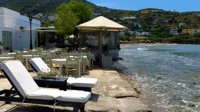 Greece, Greek Islands, Cyclades, Siros, Syros, Syros island, Kini Bay, Kini Beach, restaurant, Allou Yialou,waterfront, seafront, coast, shore,