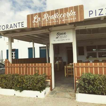 Greece, Greek islands, Cyclades, Mikonos, Mykonos, Mykonos Town, La Rosticceria, La Rosticceria restaurant Mykonos, restaurant, Italian restaurant