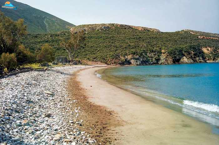 Greece, Greek islands, Cyclades, Siros, Syros, Syros island, Kini, Kini Bay Syros, Syros Adventures, Perla1, boat trips, boat excursions, beach excursions, remote Syros beaches, isolated Syros beaches, secluded Syros beaches, beaches, coves, bays, Lia beach, Lia beach Syros,