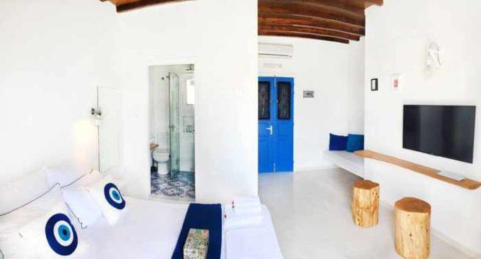 Greece, Greek islands, Cyclades, Siros, Syros, Syros island, Kini, Kini Bay,Kini village Syros, Kini Syros, hotel, accommodations, Loukia Studios & Suites, Loukia Studios Syros,