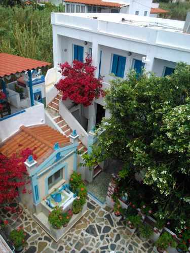 Greece, Greek islands, Cyclades, Siros, Syros, Syros island, Kini Bay, Kini, Kini Bay on Syros, accommodations, Markos Rooms, Markos Rooms Kini Bay Syros,