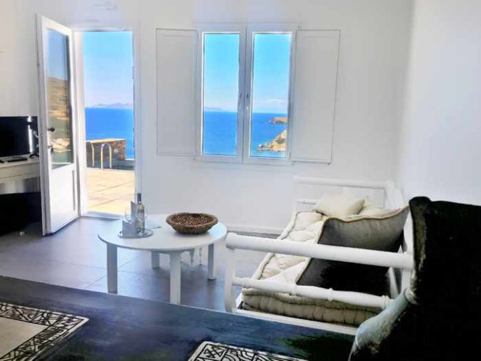 Greece, Greek islands, Cyclades, Siros, Syros, Syros island, Kini Bay, Kini, Kini Bay on Syros, accommodations, hotel, bed & breakfast, Pini di Loto Syros, Pini di Loto B&B at Kini Bay Syros, hotel room, room interior, living room