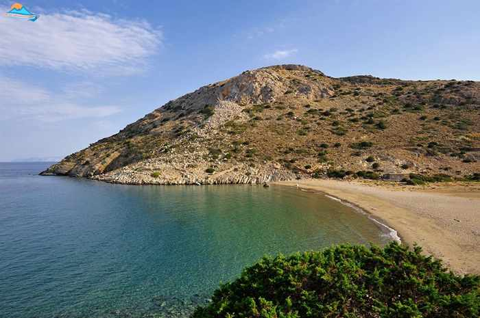 Greece, Greek islands, Cyclades, Siros, Syros, Syros island, Kini, Kini Bay Syros, Syros Adventures, Perla1, boat trips, boat excursions, beach excursions, remote Syros beaches, isolated Syros beaches, secluded Syros beaches, beaches, coves, bays, Varvarousa, Varvarousa beach Syros