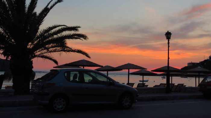 Greece, Greek islands, Cyclades, Siros, Syros, Syros island, Kini Bay, Kini, Kini Bay on Syros, bar, restaurant, cafe, taverna, Stou Zaloni, Stou Zaloni taverna Syros, Stou Zaloni taverna at Kini Bay Syros,