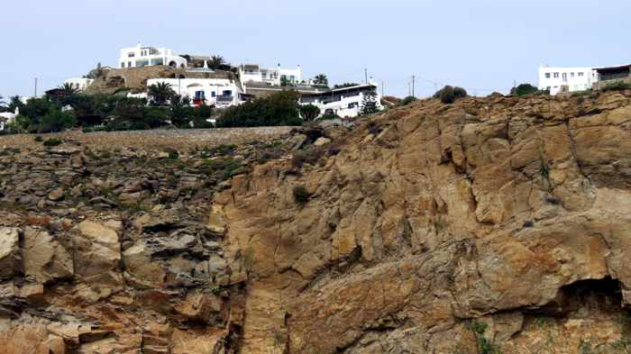 Greece, Greek islands, Cyclades, Mikonos, Mykonos, cliffs, rock, hill, houses, villas,