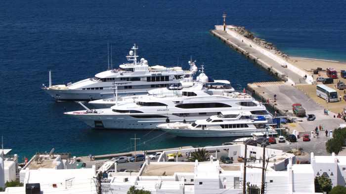 Greece, Greek island, Cyclades, Mikonos, Mykonos, Mykonos Old Port, Mykonos New Port, Mykonos Town port, Tourlos, Tourlos port, ferry travel, ferry port, Mykonos ferry port, yachts, charter yachts, harbour,