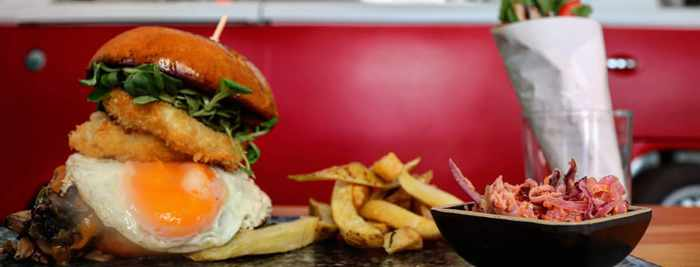 Burger platter photo by Cantina Mykonos street food restaurant
