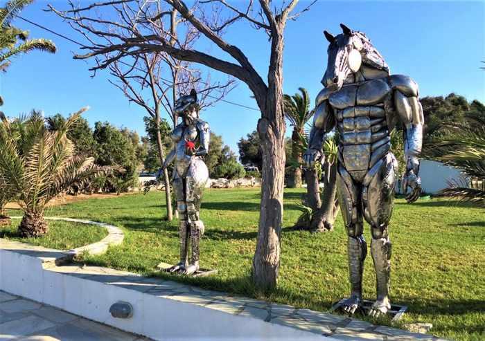 Contemporary art sculptures at Blue Fusion Art Restaurant Mykonos seen in a photo from the Resart Contemporary Art Platform website