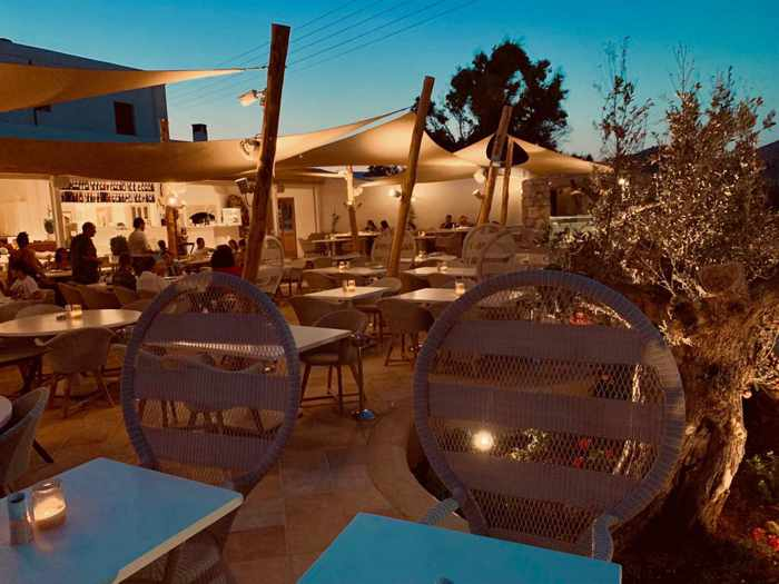 LAragosta Mykonos outdoor patio photo from the restaurant website