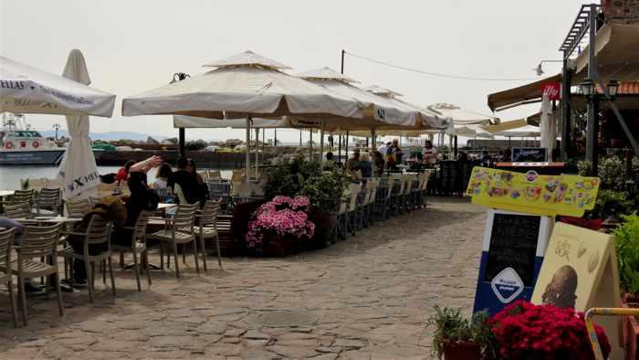 Aigaion Cafe Bar in Molyvos Lesvos