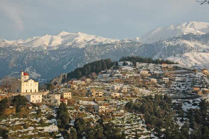Lakkoi village in Crete seen in a winter photo from mapio.net