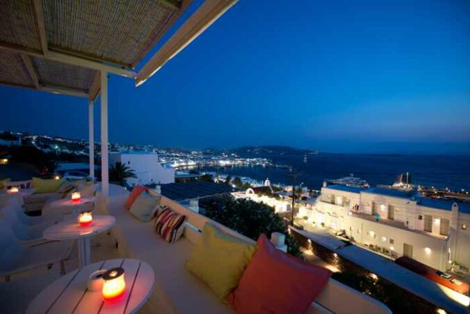 Oniro Bar Restaurant Mykonos photo from its Facebook page