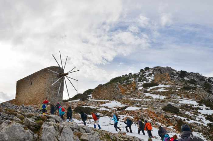 Winter hiking photo from Incredible Crete page on Facebook