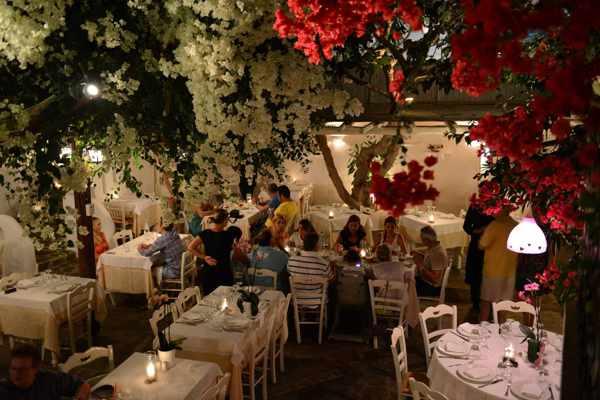 Avra Restaurant on Mykonos