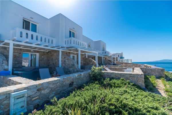 Cape Mykonos Hotel