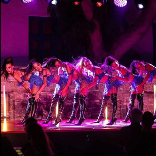 Lio Mykonos cabaret performers