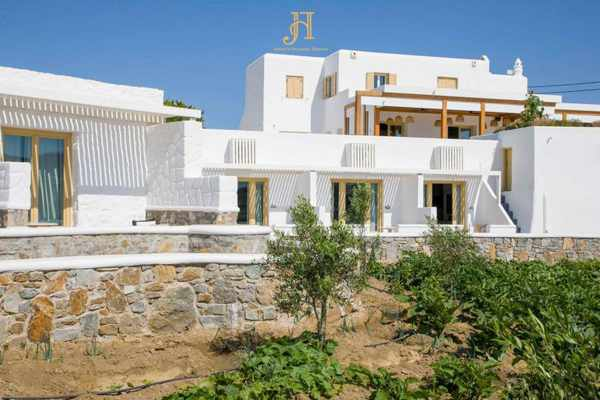 Jennys Summer Houses Mykonos seen in an image from its social media pages