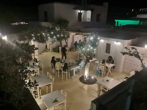 The patio at Limnios Taverna on Mykonos