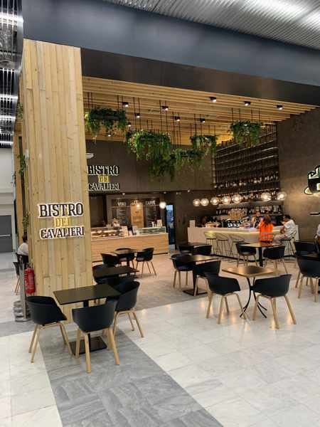 Bistro dei Cavalieri at Mykonos International Airport