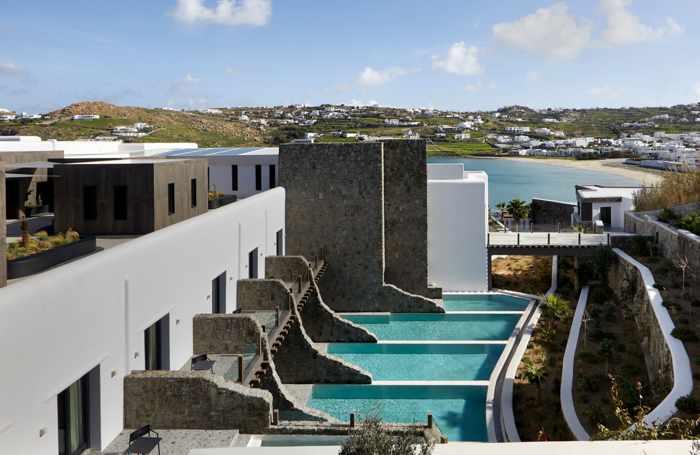 Aeonic Suites & Spa luxury hotel on Mykonos
